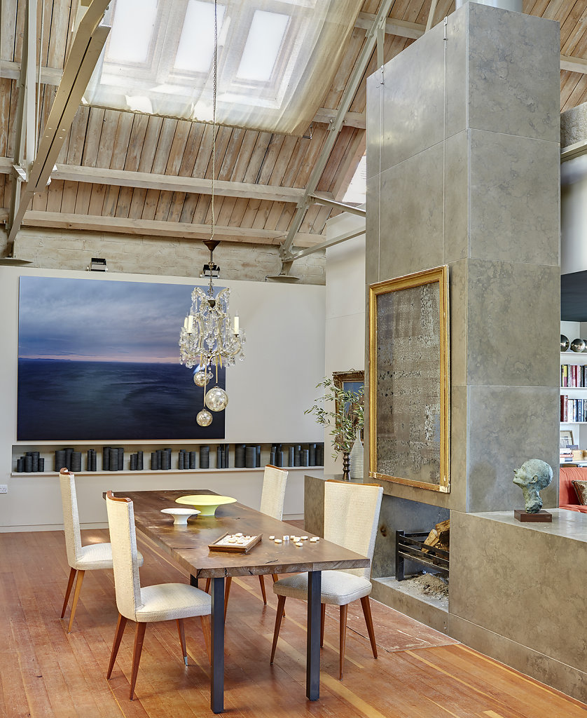 Dairy Conversion, Norfolk UK - Arch: Woollacott Gilmartin,  Art: Harry Cory Wright. Courtesy Elle Decor US